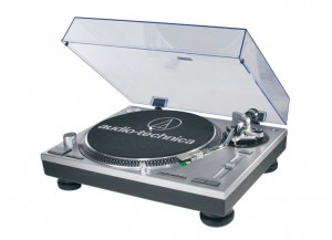 Audio Technica LP-120 USB Direct Drive Turntable